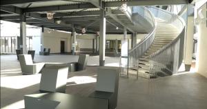 Bibliothèque de l' ENAC : Une transformation hors du commun