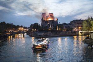 Notre Dame de Paris, le feu de la polémique