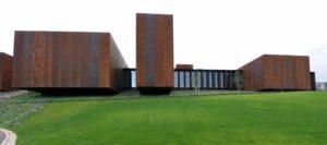 Klein exposé au musée Soulages
