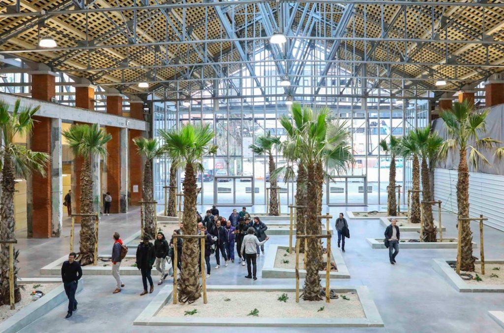 Hall de la Cité aux Halles Latécoère, Kansei TV