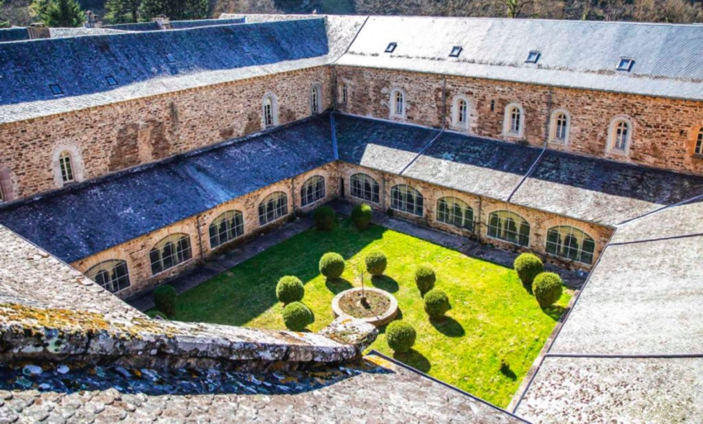 L'abbaye de Bonnecombe, lauréate du premier prix du patrimoine paysager et écologique, Kansei TV