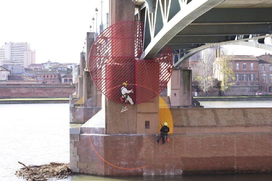 Georges Rousse habille le Pont Saint-Pierre de Toulouse