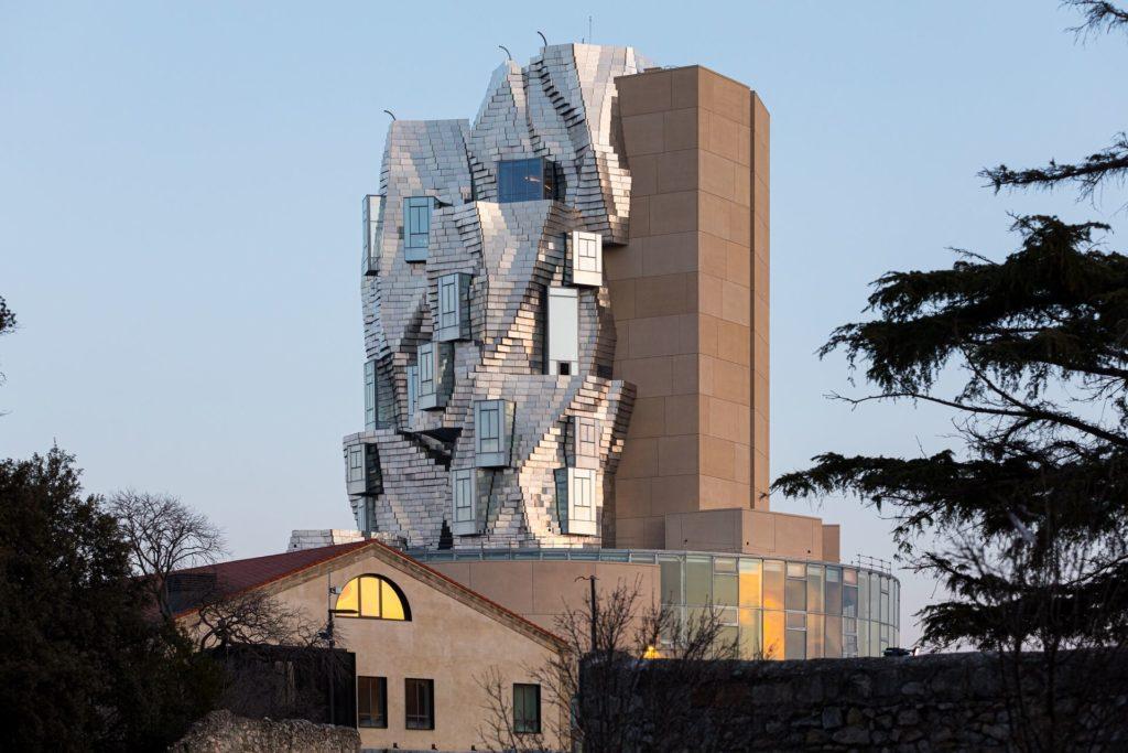 A Arles, la Tour Luma dessinée par Frank Ghery, Kansei TV